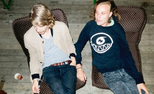 Broke2C in chairs by Rasmus Weng Karlsen