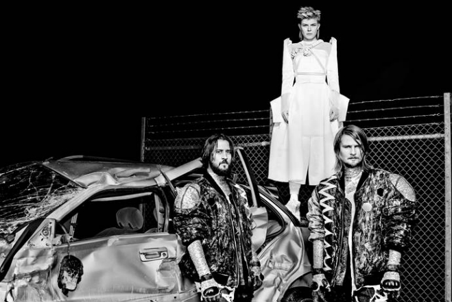 Watch: Röyksopp + Robyn – Sayit