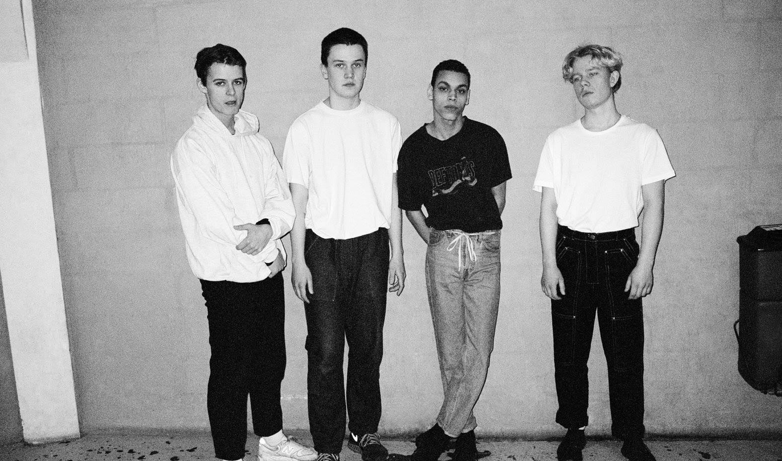 Watch: LISS – Miles Apart