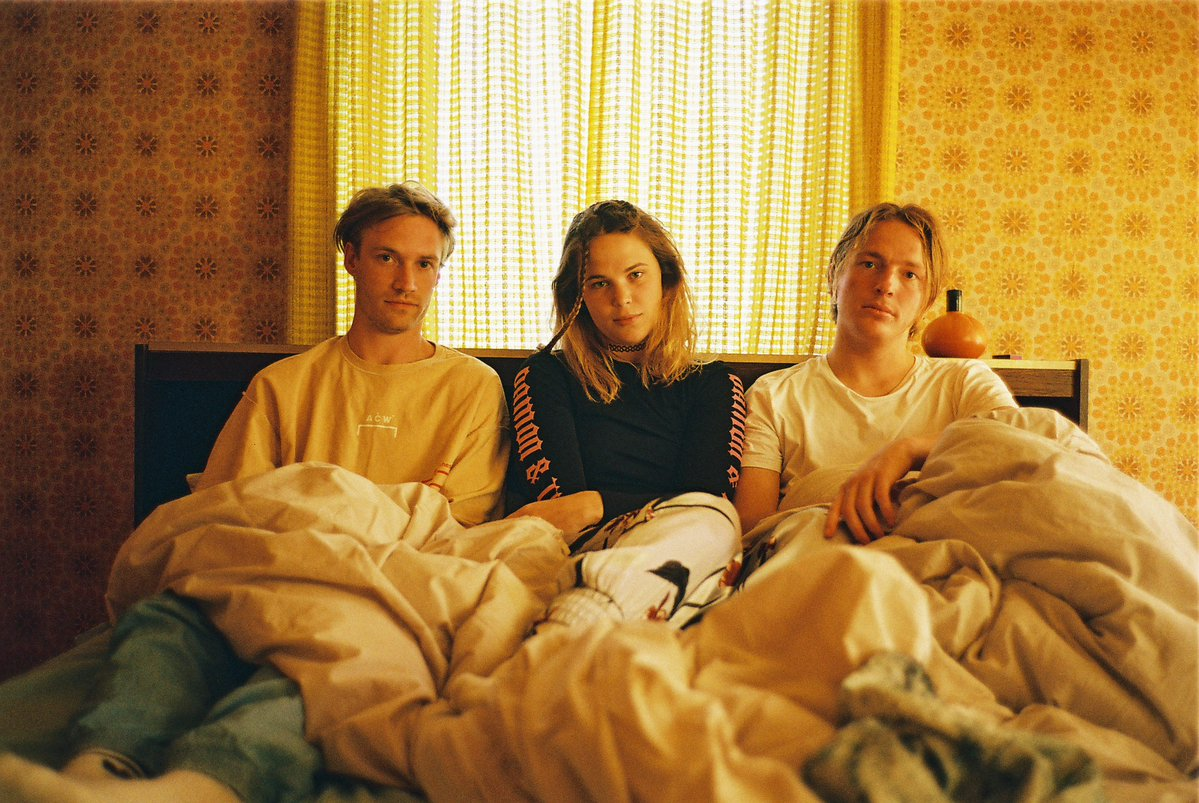 Watch: Off Bloom – Love To Hate It