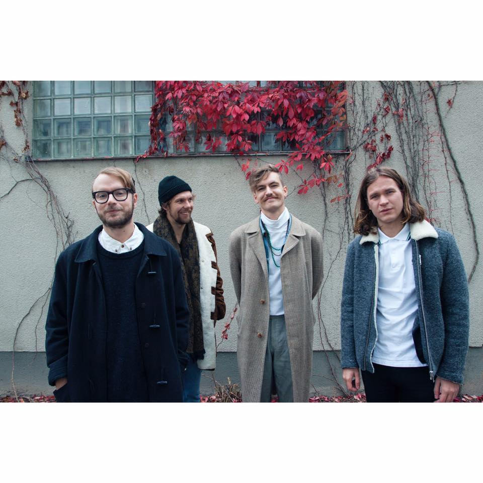Listen: Simian Ghost – Stop Moving