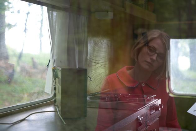Watch: Edda Magnason – Blondie