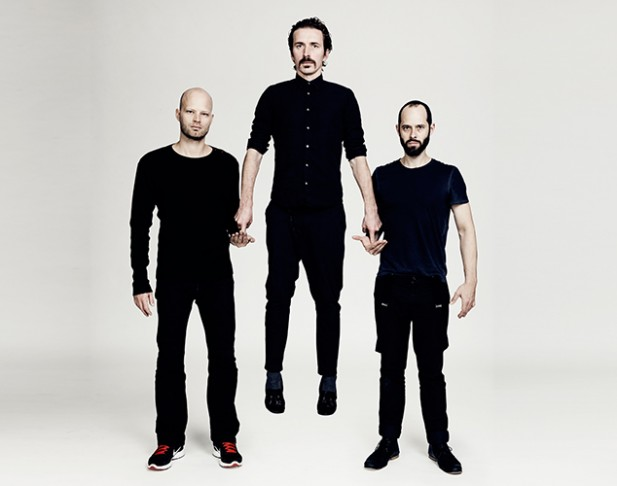 Listen – WhoMadeWho – Heads Above