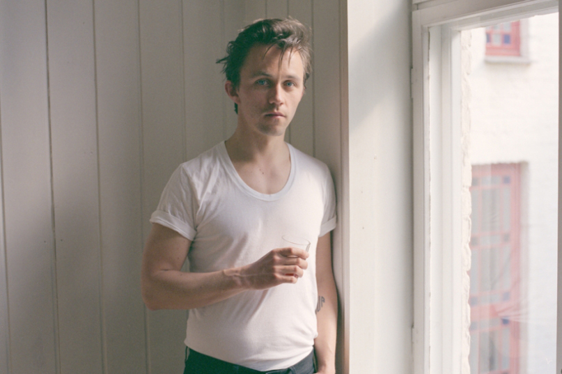 Watch: Sondre Lerche – Legends