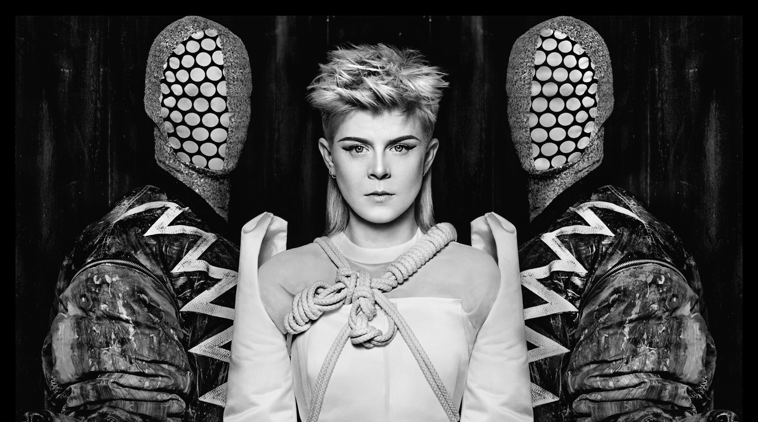 Watch: Robyn + Röyksopp – Do It Again
