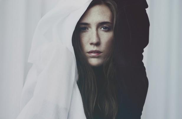 Listen: Cajsa Siik – Higher