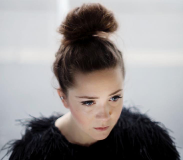 Listen: Emilie Nicolas – Fail