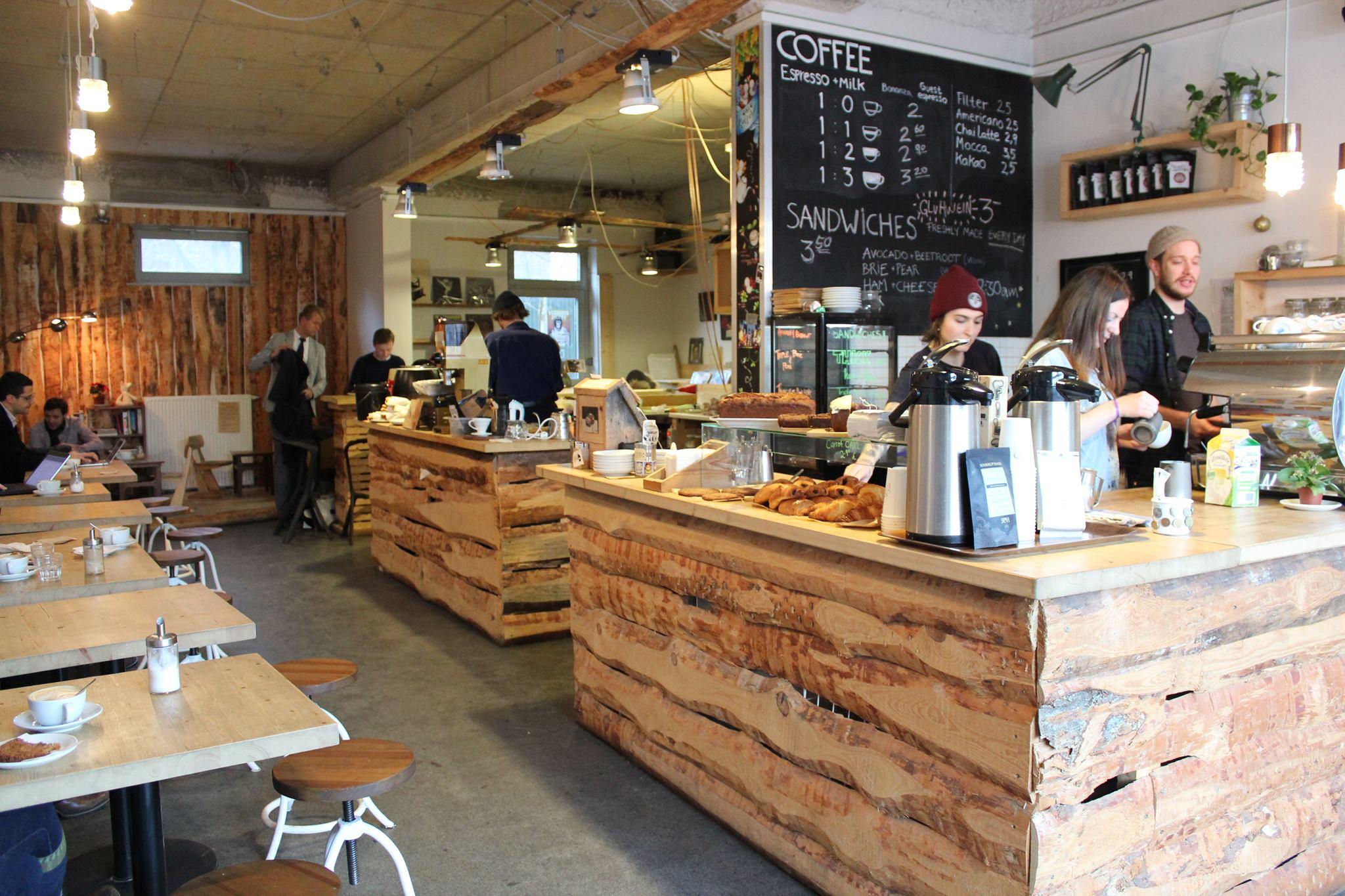 Ja Ja Ja gets to know Oslo Kaffebar! - Ja Ja Ja