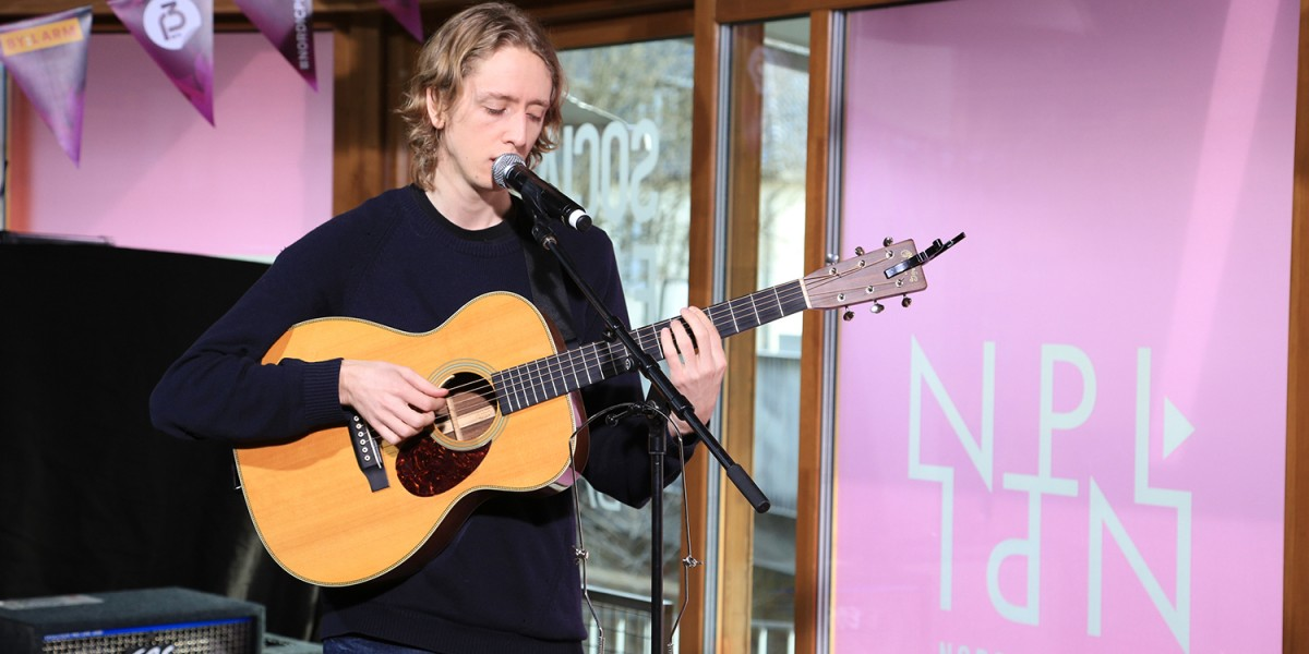 Watch: Jonas Alaska – If Only As A Ghost (Live at the Nordic Playlist Radio Bar)