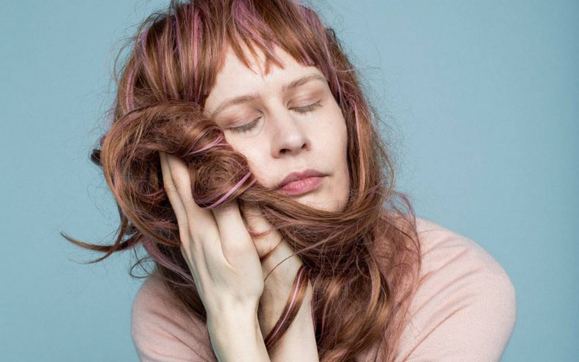 Watch: Jenny Hval – Take Care Of Yourself