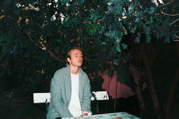 PREMIERE: Jakob Ogawa – You'll Be On My Mind