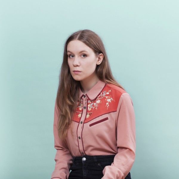 Watch: Unnveig Aas – Bright Lights