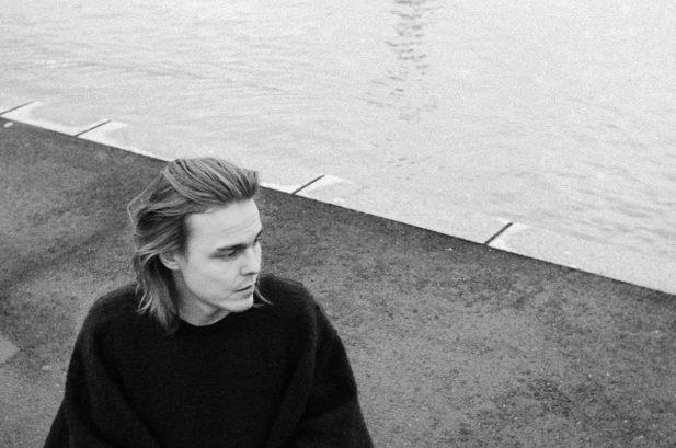 PREMIERE: Mikko Joensuu – Pearly Gates