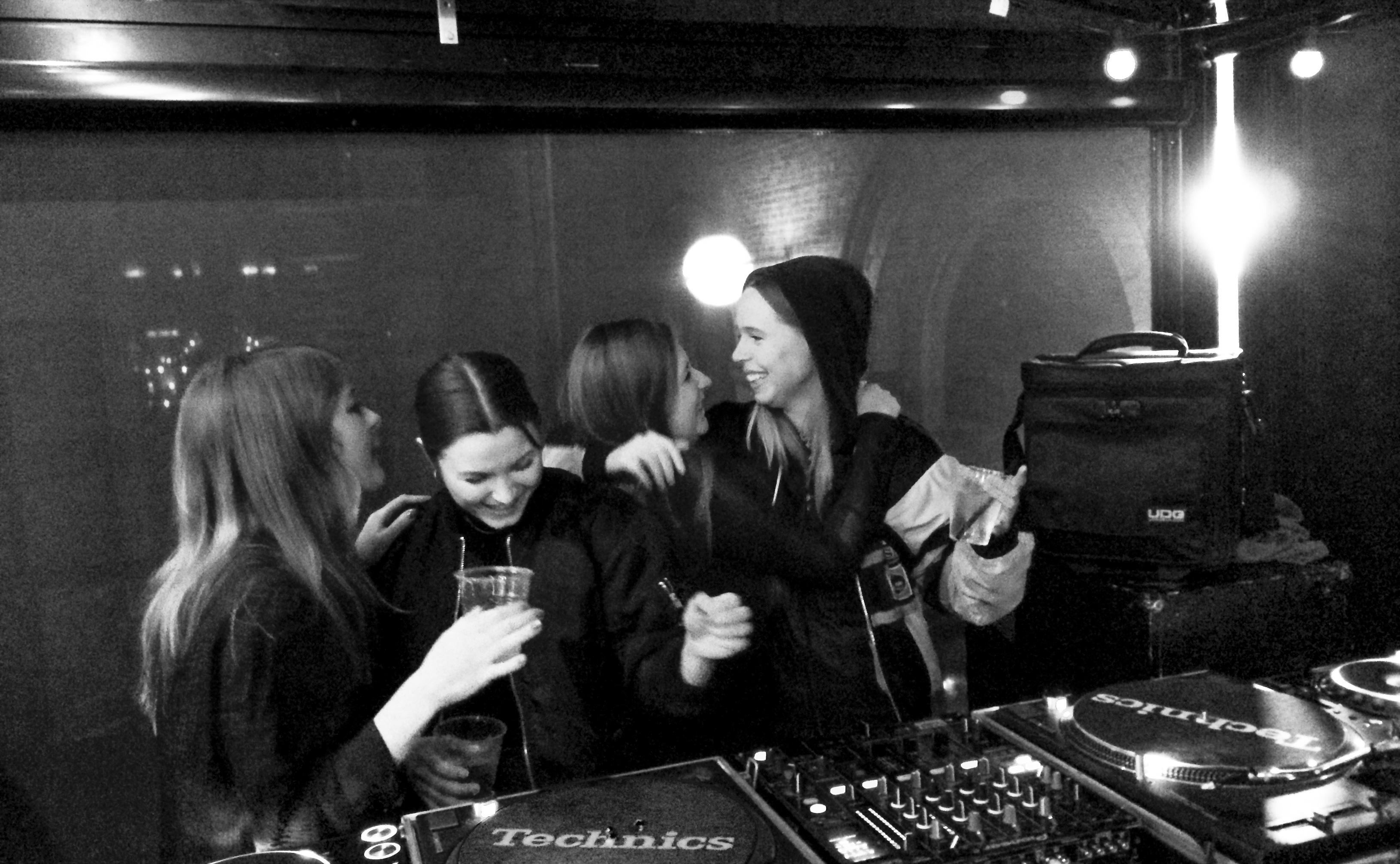 Nordic DJ Mix – Apeiron Crew