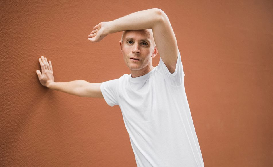 Jens Lekman returns with a sprightly new single, 'Evening Prayer'!
