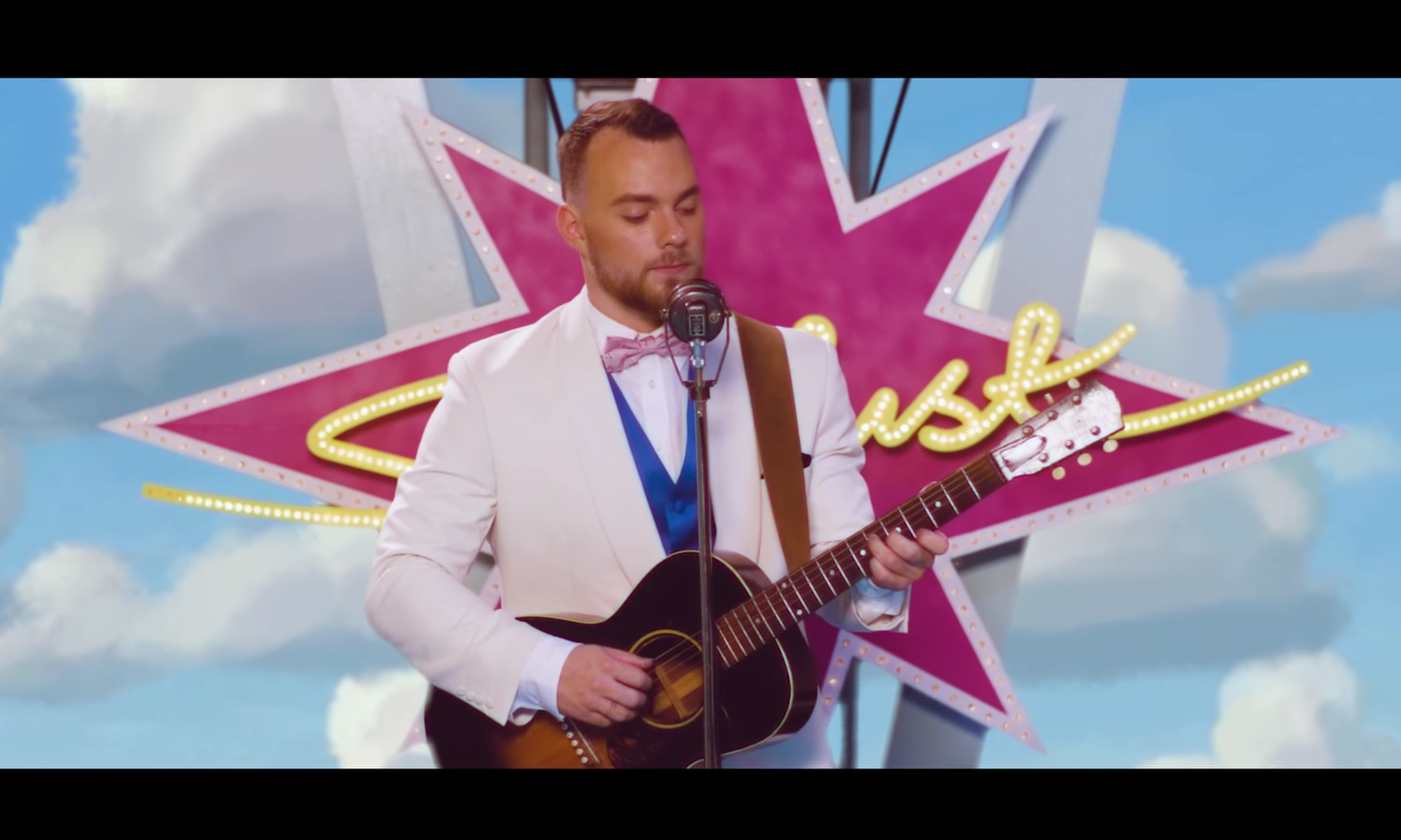 Ásgeir gets retro in his dazzling video for 'Stardust'!